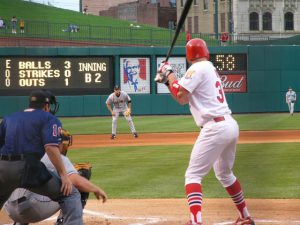 How to hit better in baseball games